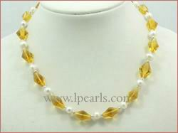 White fresh water jewelry pearl necklace with orange crystal bea