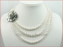 elegant 6-6.5mm akoya pearl necklace