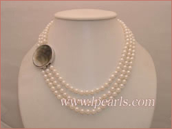 triple-strand 6-6.5mm akoya pearl jewelry necklace