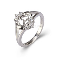 Silver plated white CZ pearl ring fitting for women
