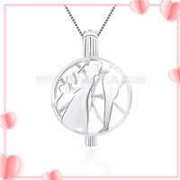 Romantic design 925 sterling silver Kissing lovers cage pendant