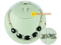 6-7mm round white freshwater pearl necklace with oval crystal