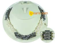 smooth on both sides pearl necklace-three twisted strands