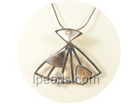 4.5*4cm umbrella shape black shell pendant